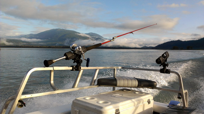 sturgeon-fishing-fraser